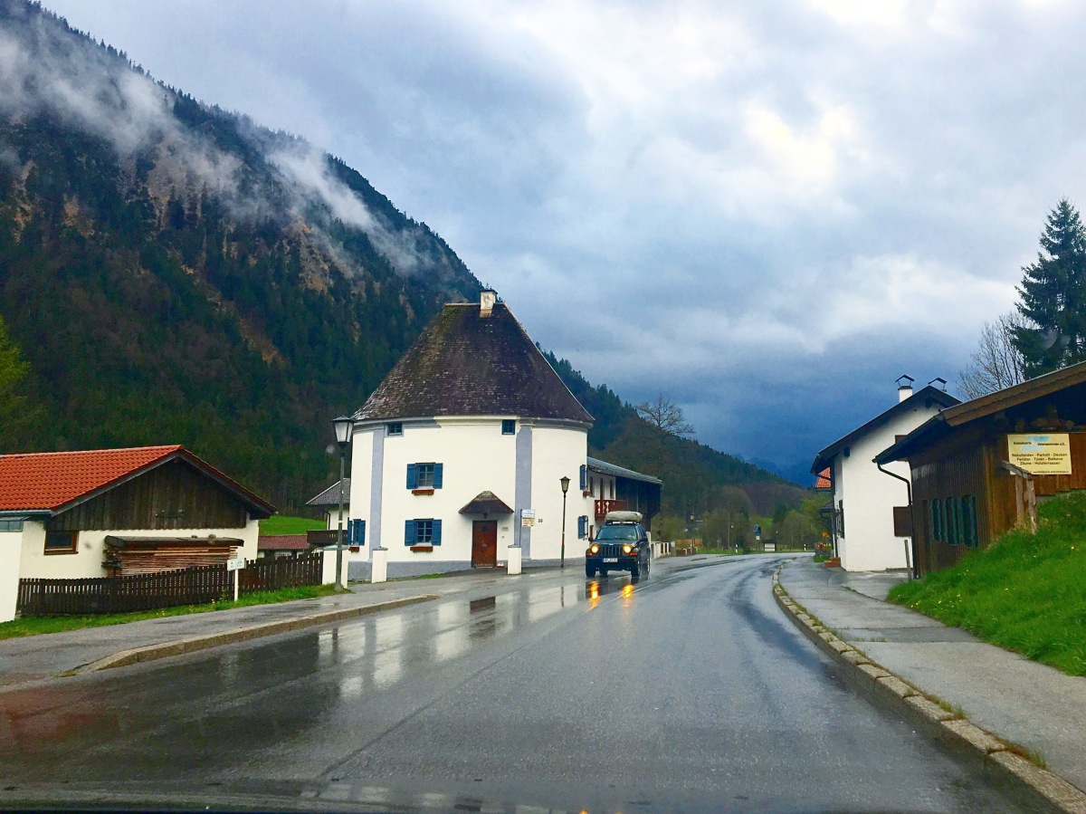 Scenic drives on The German Alpine Road & The Romantic Road