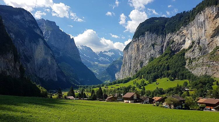 Best Travel Book For Switzerland And France